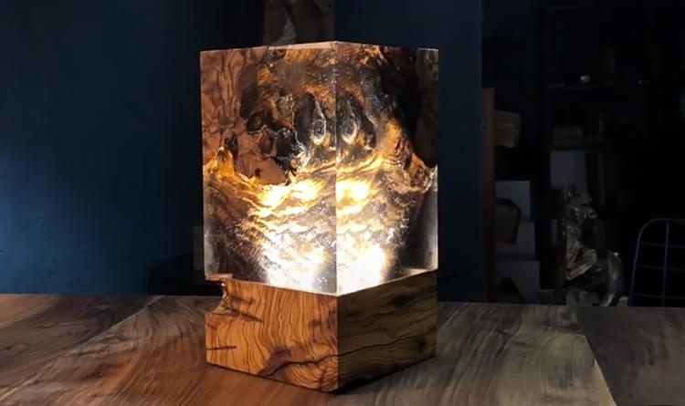 Светильник из смолы